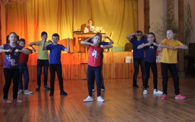 Mūsdienu deju sadancis Lones Tautas namā
