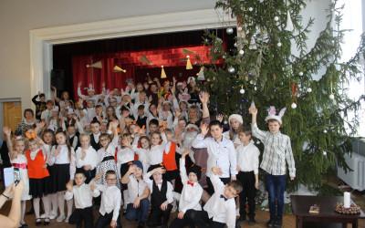 Ziemassvētku pasākumi Aknīstes vidusskolā 20.12.2019.